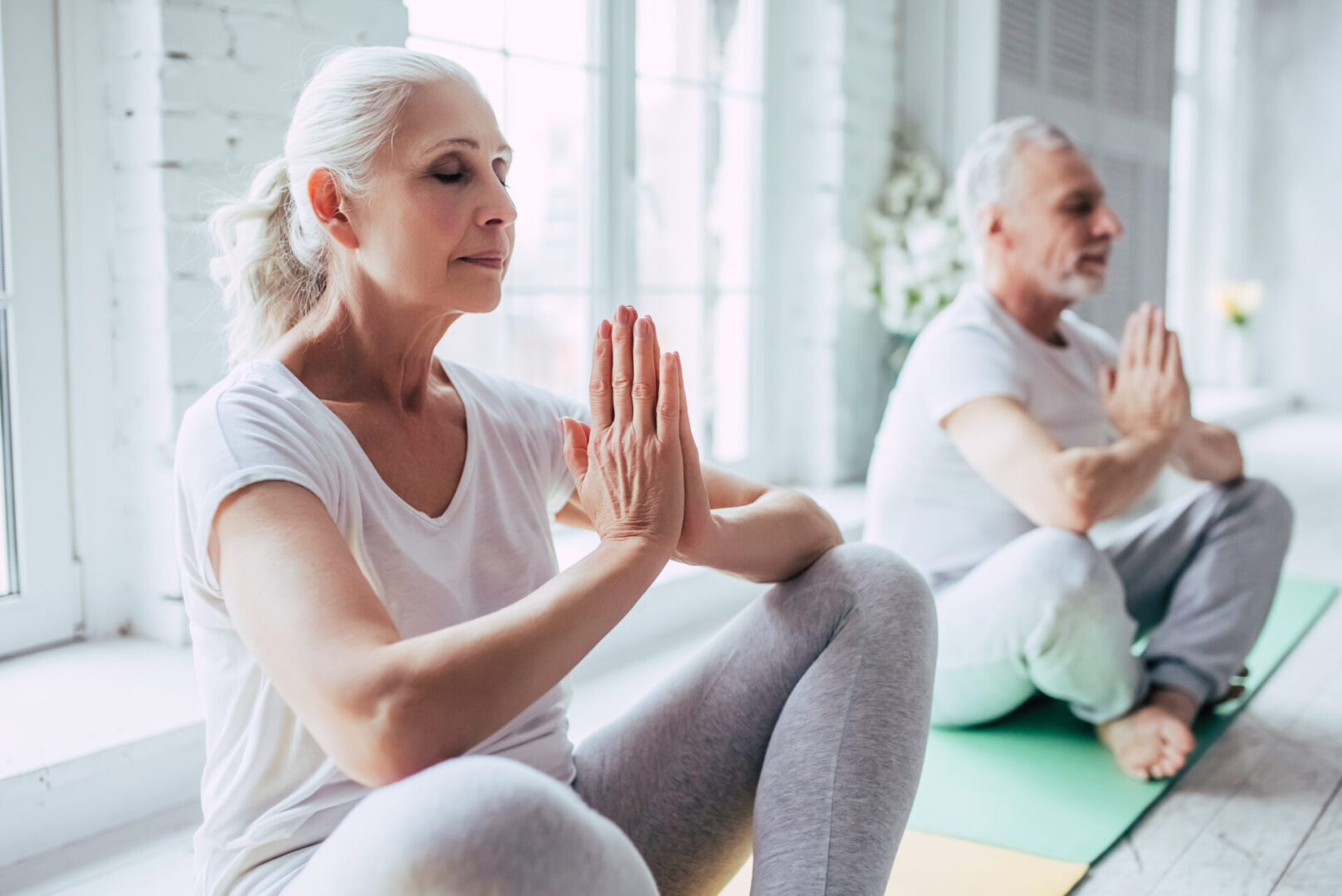 medytująca para